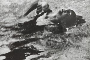 Naufragio II (Versión II), 1998. Técnica mixta sobre emulsión fotográfica, 116 x 141 cm